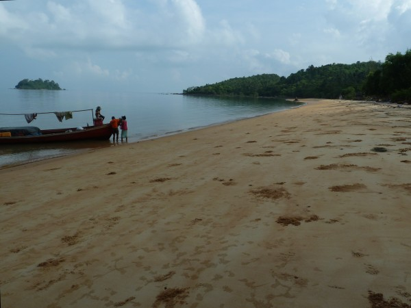 Ausflug zu einem einsamen Strand; excursion to an empty beach