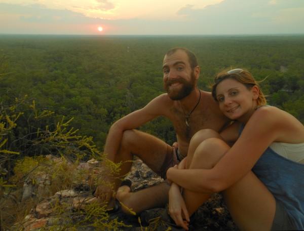 Litchfield National Park - watching the sundset with Giulia and Sylvain ///// LItchfield Nationalpark - gemeinsam mit Giulia und Sylvain gucken wir uns den Sonnenuntergang an