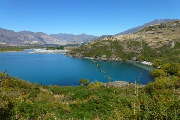 South West shore of Lake Wanaka - seclusive bathing ///// Südwestufer des Wanaka Sees - einsames Baden